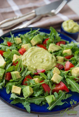 rucola, salata, avocado
