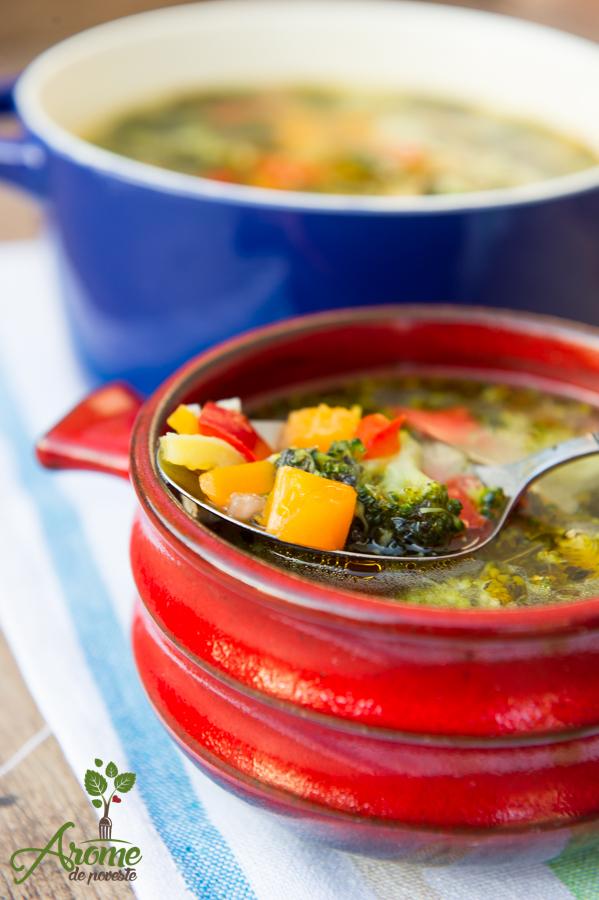 Supa de legume cu broccoli si busuioc