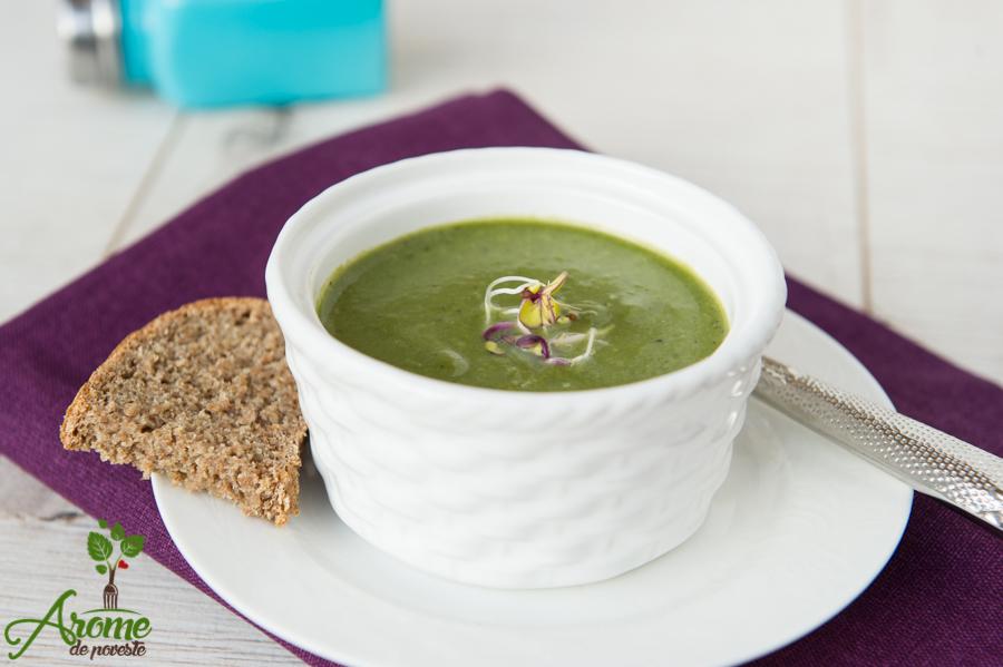 spanac, mazre, retetet de post, supa crema de spanac, supa crema de post de mazare