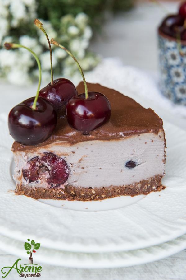 cirese, tort raw vegan, ciocolata