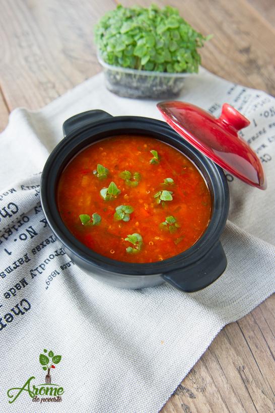 supa-de-rosii-cu-quinoa-si-vlastari-de-busuioc