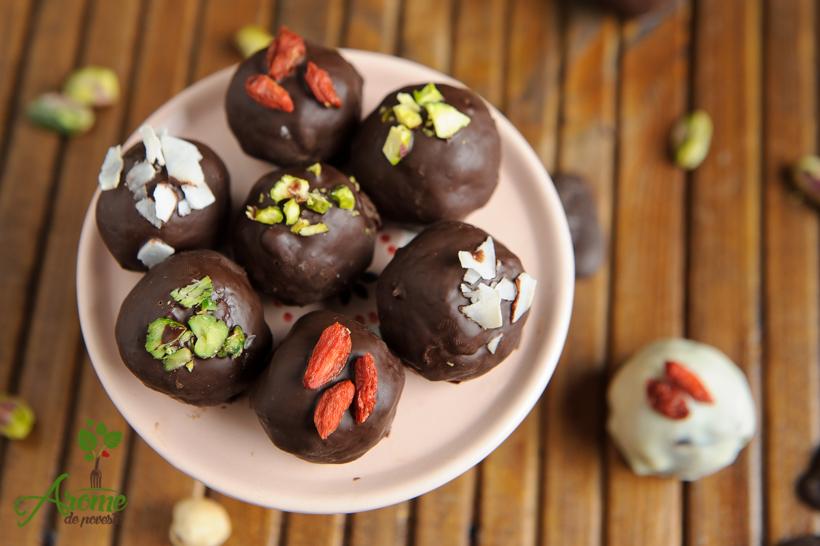 bombonae-vegane-cu-rom-si-ciocolata