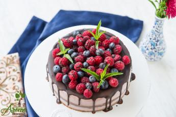 Tort raw de zmeura cu glazura de ciocolata (28)