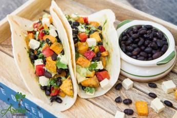 tacos-cu-cartof-dulce-si-afasole-neagra